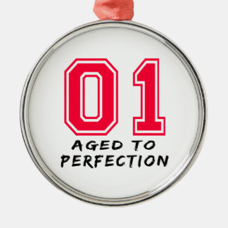 1 envejeció al diseño del cumpleaños de la perfecc ornamento de reyes magos