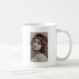 1 free vintage printable - gypsy girl jpg mugs