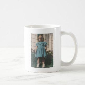 1 free vintage printable - tinted girl photo jpg coffee mug