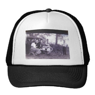 1dsas trucker hat