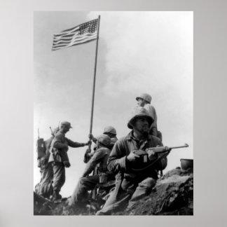 1r Bandera que aumenta en Iwo Jima Póster