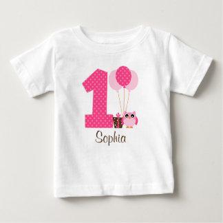 1r chica del cumpleaños de Brown del lunar rosado Playera Para Bebé