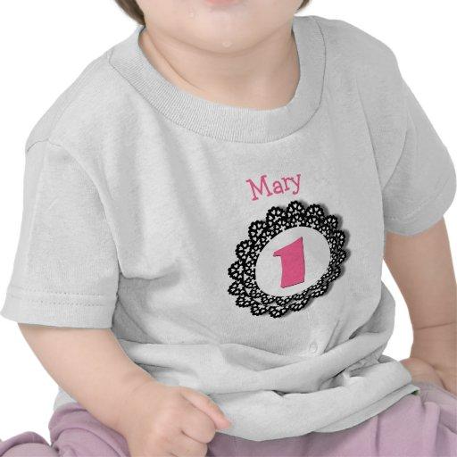 1r Chica del cumpleaños un nombre grande V50 del n Camisetas