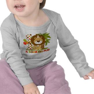1r cumpleaños del león lindo camisetas