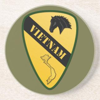 1r División de la caballería, Vietnam Posavasos Diseño