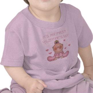 1r el día de San Valentín de la niña Camisetas