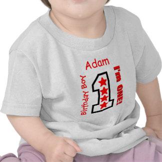 1r El rojo de encargo del muchacho del cumpleaños Camiseta