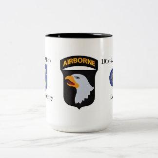1r La 502a infantería de los Bn (Abn) asalta Taza De Café