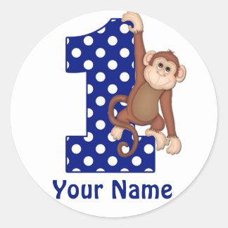 1r Más enfermo azul del mono del cumpleaños Pegatina Redonda