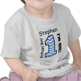 1r Muchacho CHEVRON del cumpleaños un nombre de en Camiseta
