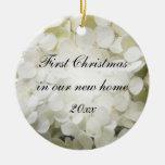 1r navidad del Hydrangea blanco en el nuevo orname Ornamentos De Reyes