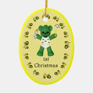 1r ornamento del navidad del tractor verde del oso adorno