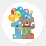 1r Oso del payaso del cumpleaños Pegatina Redonda