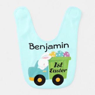 1r Pascua personalizó el babero del bebé