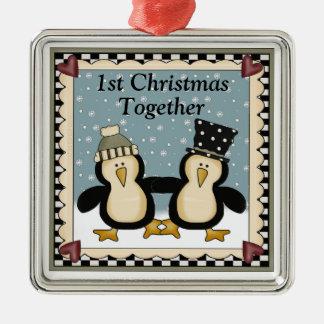 1r Regalo del pingüino del navidad junto Ornato