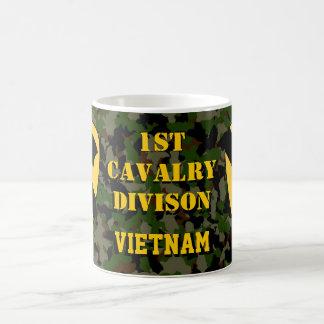 1r Taza de café verde de Camo Vietnam de la