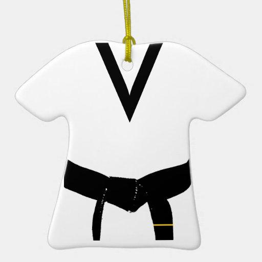 1r uniforme de la correa negra del grado de los adorno navideño de cerámica en forma de playera