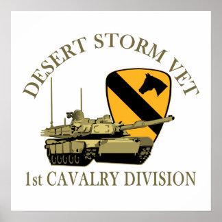 1r Veterinario de la tormenta de desierto de Cav Posters