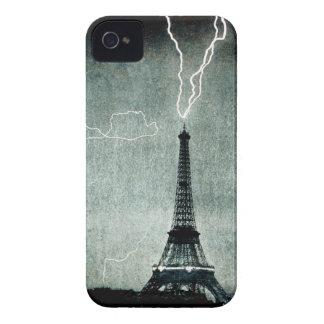 1ra huelga - el relámpago golpea la torre Eiffel Funda Para iPhone 4 De Case-Mate