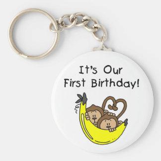 1ras camisetas y regalos del mono del cumpleaños d llavero redondo tipo pin