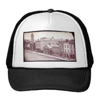 1u1 (4) trucker hat