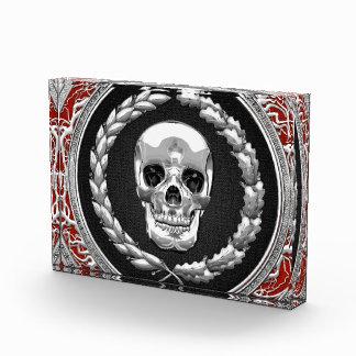 [200] Cráneo de plata