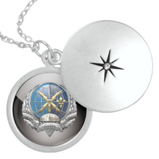 [200] Emblema de SOWT Pendientes