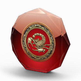 [200] Sacred Golden Scorpion on Red Award