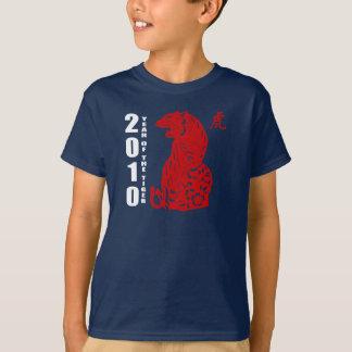 2010 años del corte del papel chino de la camisas