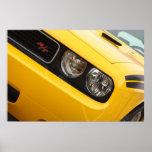 2011 amarillo del desafiador R/T de Dodge Impresiones