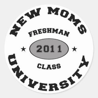2011 New Moms Classic Round Sticker