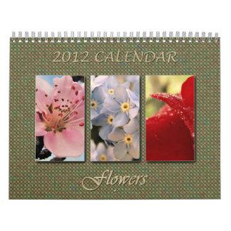 2012 Calendar - Flowers: A blooming world