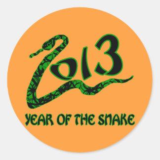 2013 años de la serpiente con la serpiente verde pegatina redonda