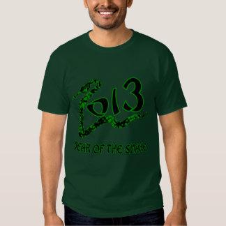 2013 años de la serpiente con la serpiente verde remeras