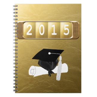 2015, casquillo y diploma, oro y negro notebook