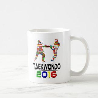 2016: El Taekwondo Taza Básica Blanca