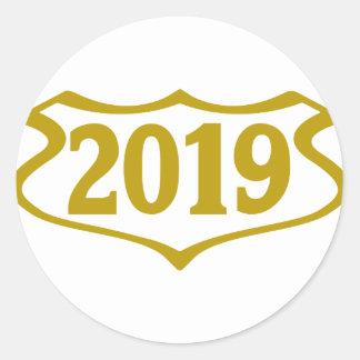 2019 shield.png pegatina redonda