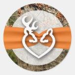 20 - 1.5  Envelope Seal Deer Couple Doe Buck Cam Classic Round Sticker