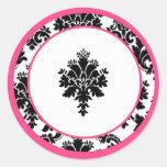 "20 - 1.5""  Envelope Seal Hot Pink Black Damask Classic Round Sticker"