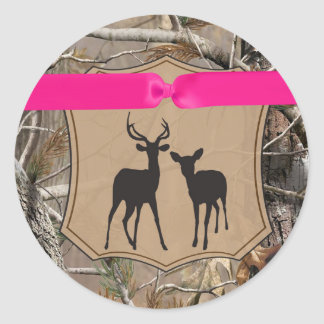 20 - 1.5  Envelope Seal Hunting Deer Doe Buck Camo Round Sticker