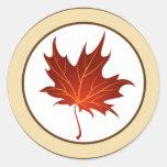 """20 - 1,5"""" hojas de la rama del otoño del sello del pegatina redonda"""