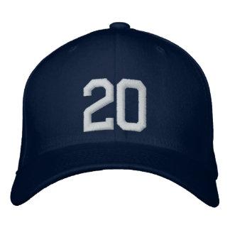 20 veinte gorras bordadas