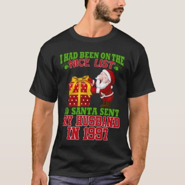 Beach Themed 20th Anniversary Gifts For Wife At Xmas T-Shirt
