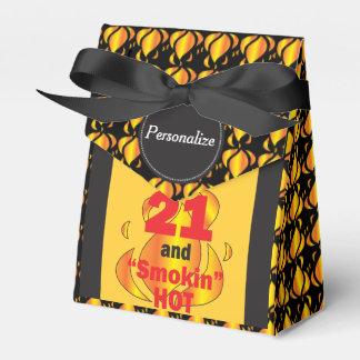21 y Smokin calientes Cajas Para Regalos De Boda