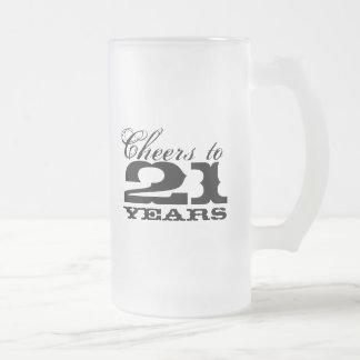 21ro Taza de cerveza del cumpleaños por alegrías d