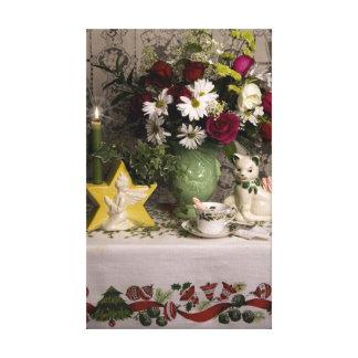 2218 Floral Still Life Christmas Canvas Print