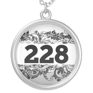 228 SILVER PLATED NECKLACE