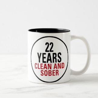 22 años limpian y calman taza dos tonos