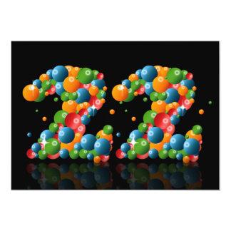 22do Fiesta de cumpleaños, con las burbujas y las Comunicados