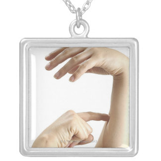 23554089 SILVER PLATED NECKLACE